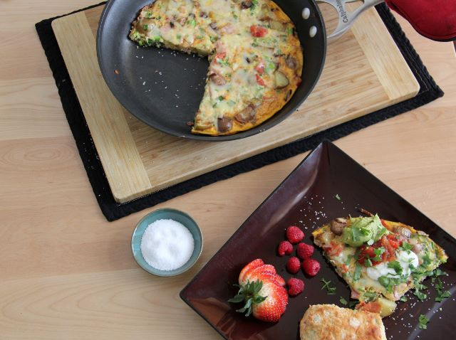 Mexican Frittata with Jalapeno Cheddar Biscuits- a great breakfast for your Cinco de Maya party!