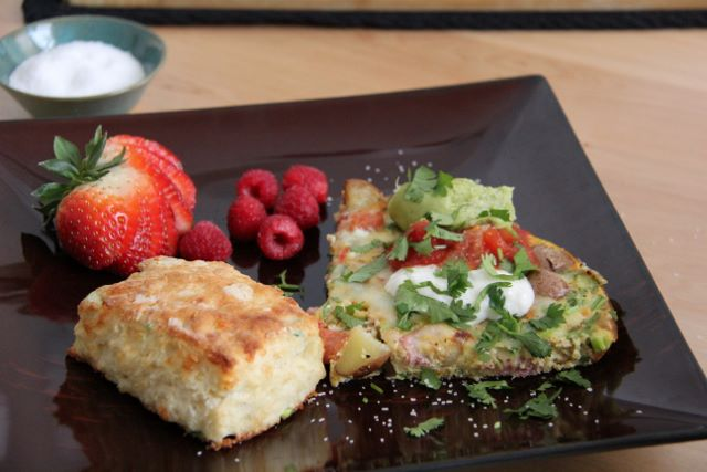 Mexican Frittata with Jalapeno Cheddar Biscuits - a great breakfast for your Cinco de Maya party!