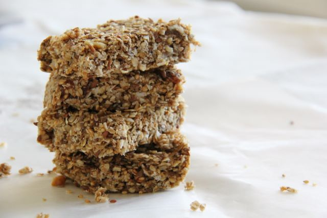 No bake healthy granola bars - no sugar added