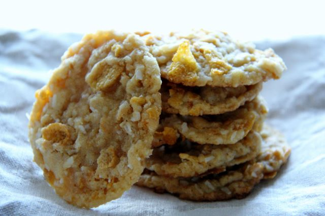 Easy and Delicious Coconut Corn flake cookies