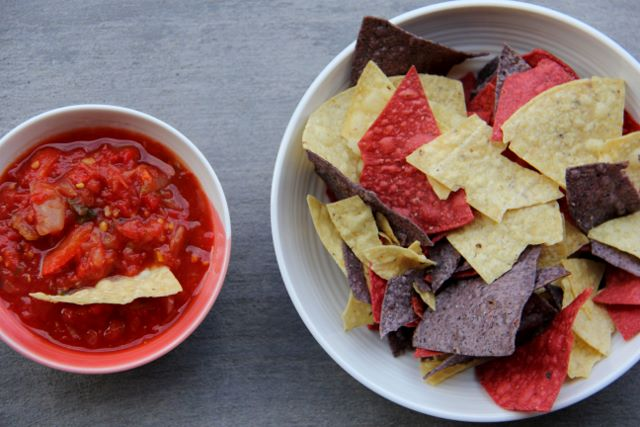 Mexican Salsa with Tortilla Chips